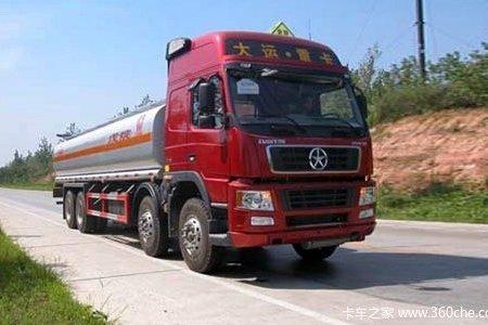 油价上调前囤货油罐车超限运输被处理