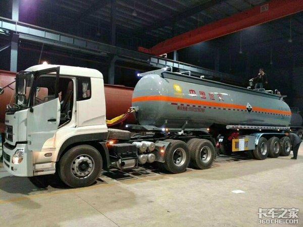 京津冀高速:清明、五一危险品运输车禁行