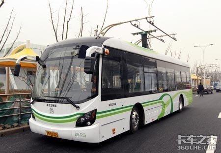 充电30秒就能跑5公里,这种超级电容适合电动载货车吗?