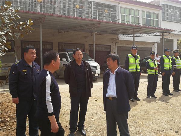 河南:交通运输厅执法局领导赴驻马店市调研指导工作