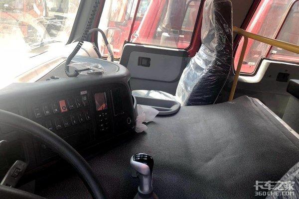 程力消防车重汽280马力10升机真给力