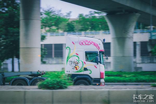 """【上海车展】国产卡车的""""高端""""略显尴尬"""