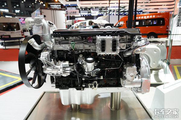 自动驾驶卡车批量交付天然气发动机行业第一重汽大招从何而来?