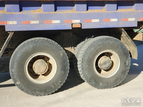 新欧曼ETX自卸车怎么样?车主:动力充足舒适性有待提升
