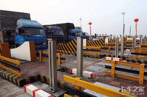 长沙县交警发布五一小长假期间易堵、危险和事故多发路段预判