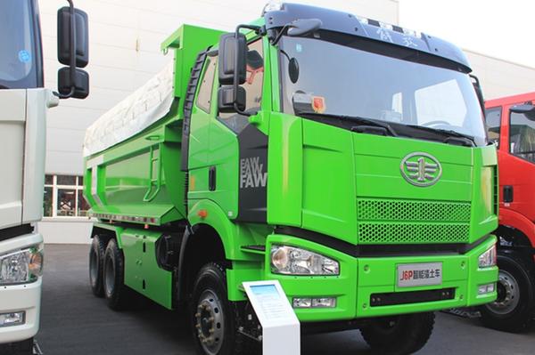 新J6P6×4智能渣土车智能运输离不开它