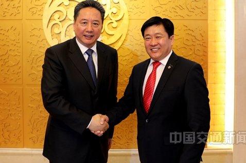 李小鹏会见蒙古国运输部部长建立合作机制