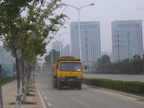 禅城区召开会议大型渣土车需安装智能终端系统