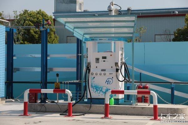 氢燃料电池卡车的底盘结构与运作原理