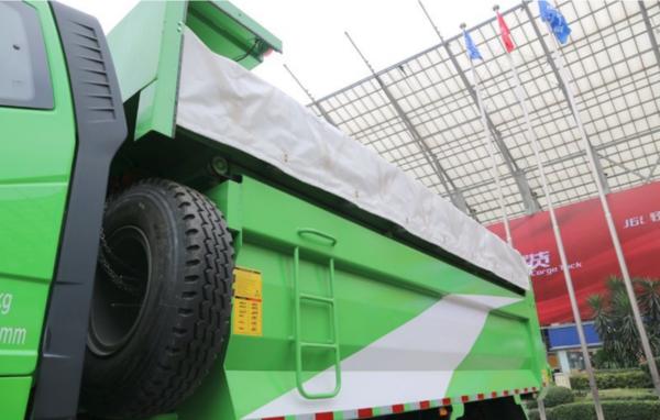 解放J6P6×4LNG自卸车绿色动能助力城建