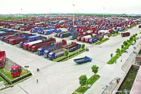 国内公路港物流中心专用通道建成通车