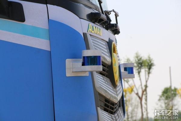 3辆卡车只需要1个司机福田欧曼的自动驾驶成熟到你不敢想象