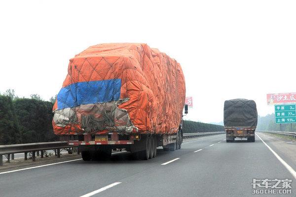 如何打破卡车超载怪圈?以罚代管不靠谱