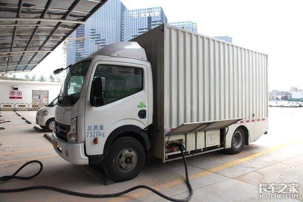 湖北最大物流充电站阳逻正式投运可支持300辆新能源物流车充电