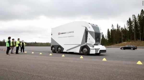 全球首例无人驾驶卡车在瑞典上路国内还要等多久