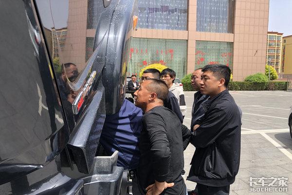 怀仁源鼎商贸徐工重卡G5系列应县推介会