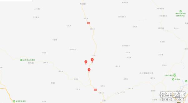 四川茂县境内G213线道路交通中断,4轴及以上车型需绕行