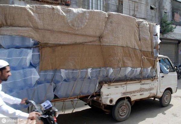 卡友:三轮车都拉1吨多你让轻卡怎么活?