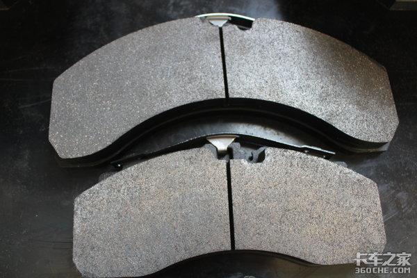 重器车桥钟广臣:主车无液缓却想在挂车上装盘式制动器?满足你!