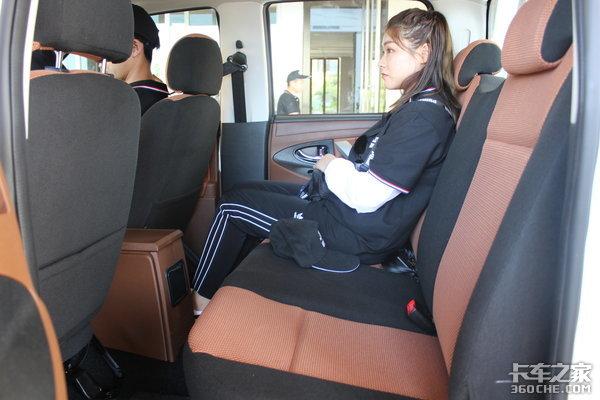 像轿车一样舒适山路体验骐铃T100皮卡