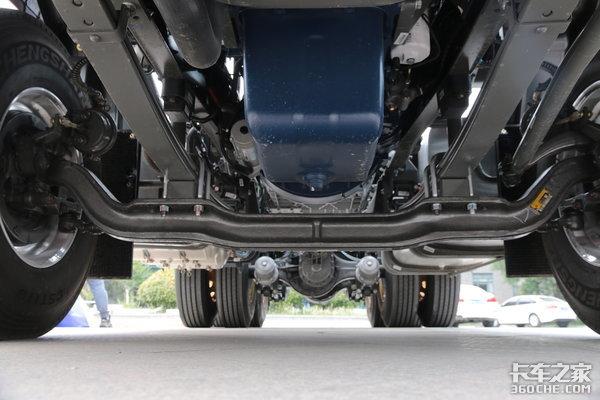 重汽再度携手潍柴!这款自重仅7.8吨的N7W运煤你觉得怎么样?