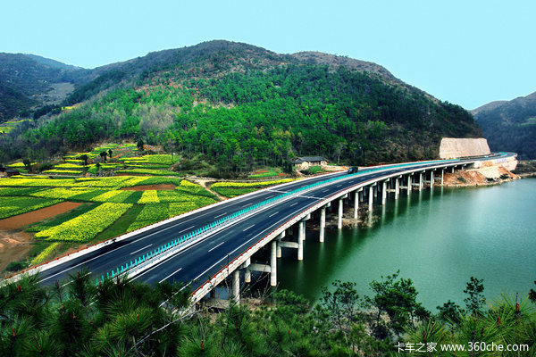 """河南:普通公路建设投资提前37天取得""""半年红"""""""
