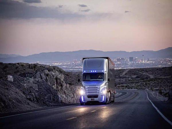 戴姆勒卡车成立全球自动驾驶技术集团