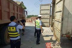 九江:改装成加油车 被查时还有1吨柴油
