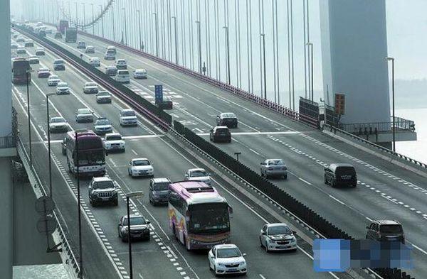 端午假期虎门大桥6月9日最堵逢货车必查