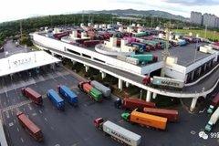 超载、劣质油 令集装箱卡车恶性竞争?