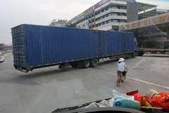 广州现超长载货车 前四后八总长约16米