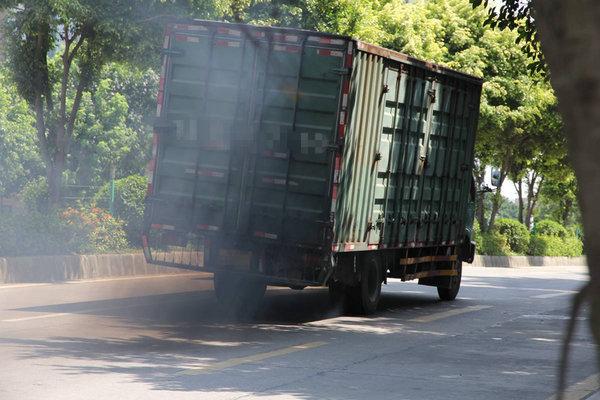 全市柴油货车整治专项攻坚专题会议召开