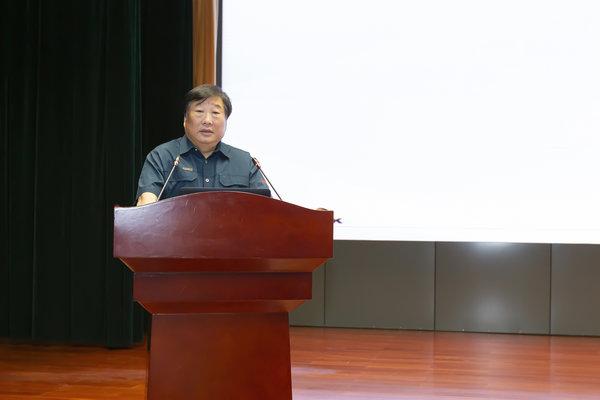 """中国重汽:""""大干三季度,向新中国成立70周年献礼""""动员令"""