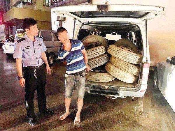 惠阳这伙蟊贼专偷货车备胎一长管一扳手20秒就得手