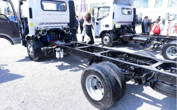 欧马可城配之星:窄体车型助力城市运输