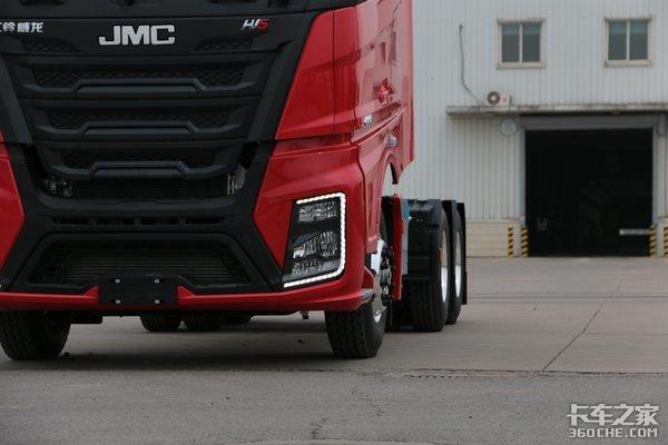 LNG车型国六升级这款自重轻马力大的牵引车你觉得如何?