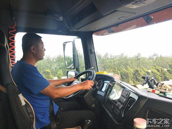 百公里油耗27.2L,实地跟车探索老司机节油货运之旅