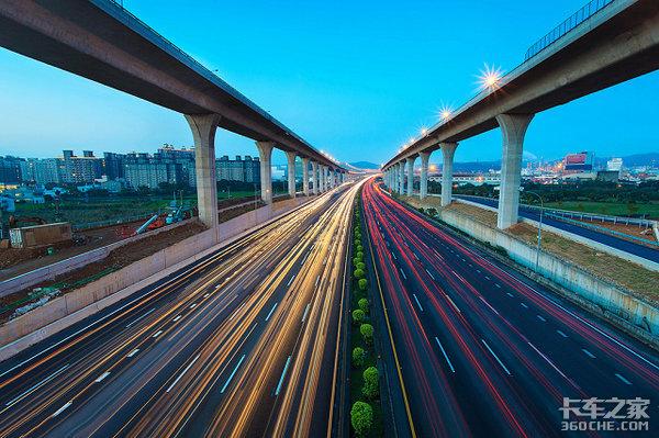 全国体量最大的4改8高速公路项目建成