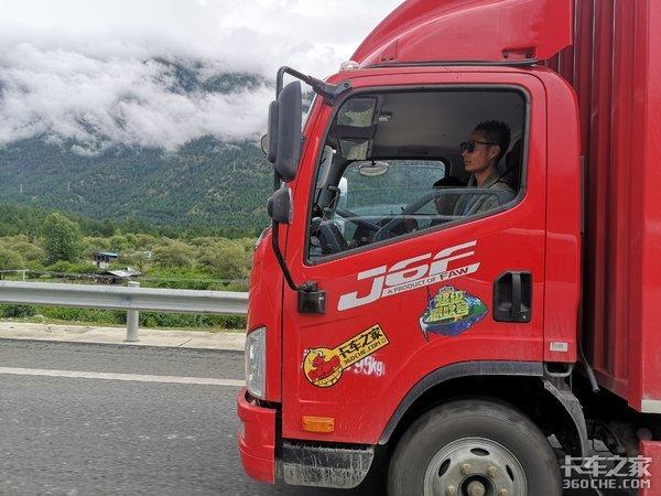 魂牵5载终圆梦未来他们仍是卡车追梦人