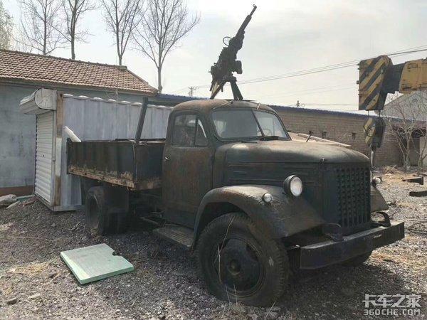 """致敬南京跃进130军用卡车,曾立下无数战功的""""英雄"""""""