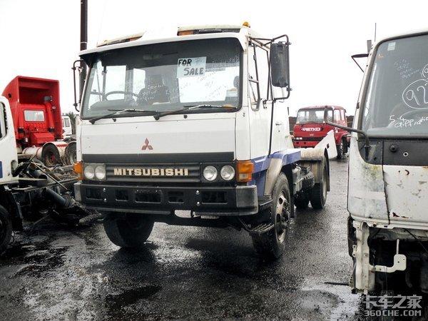 还记得解放的第一代军用平头卡车吗?