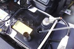 老司机带你懂得:货车电瓶保护保养技能