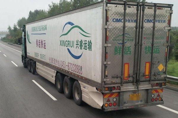 一套八千装不起卡车侧裙板何时能出头