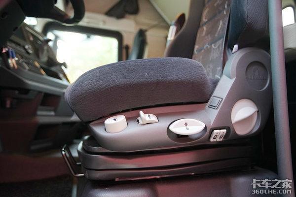 看看解放J7牵引车气囊座椅都有啥功能?