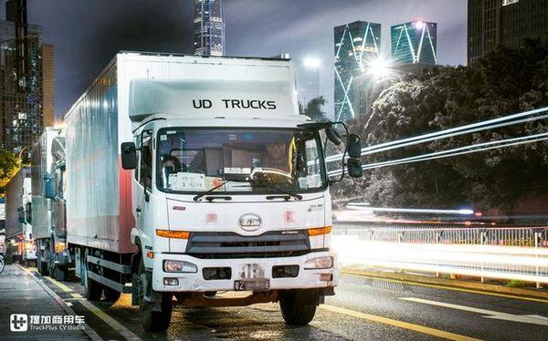 这群卡车司机生活在内地却开香港卡车