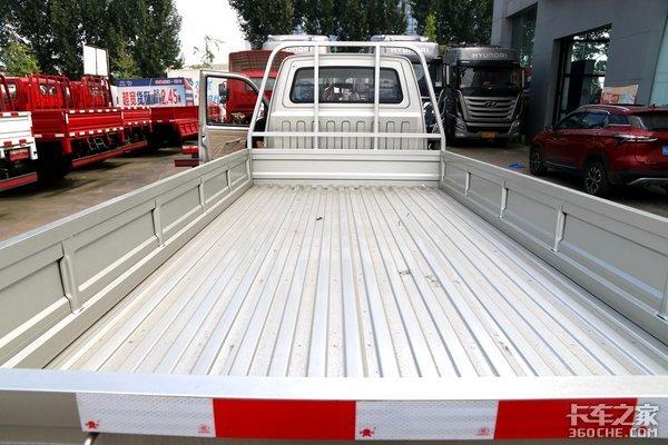 3.7米超大货厢!黑豹H3栏板车型已上线
