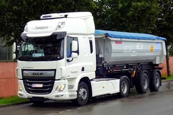 达夫混动卡车惊现德国纯电动模式下可续航80公里疑似采埃孚传动系统