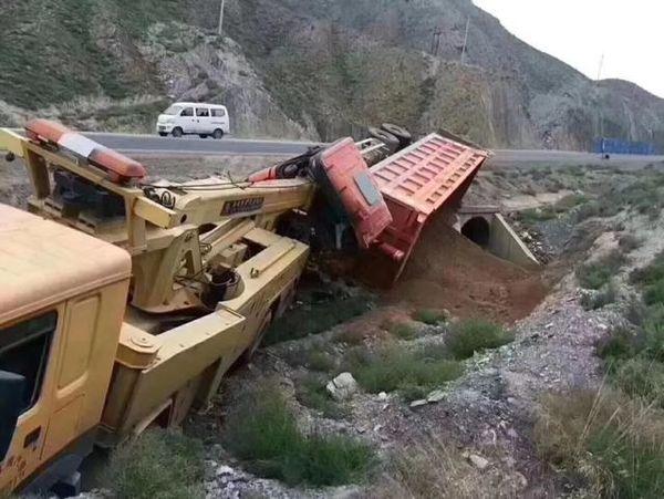 救援事故车出现二次重大事故谁之过?