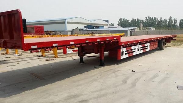 上汽红岩:百辆中置轴平板车成功交付!