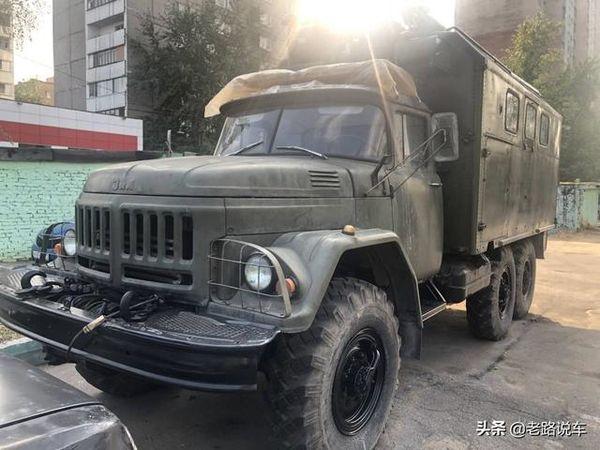 看似军车实为房车俄罗斯街头的ZIL-131